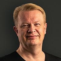 SamiOvaska headshot 1